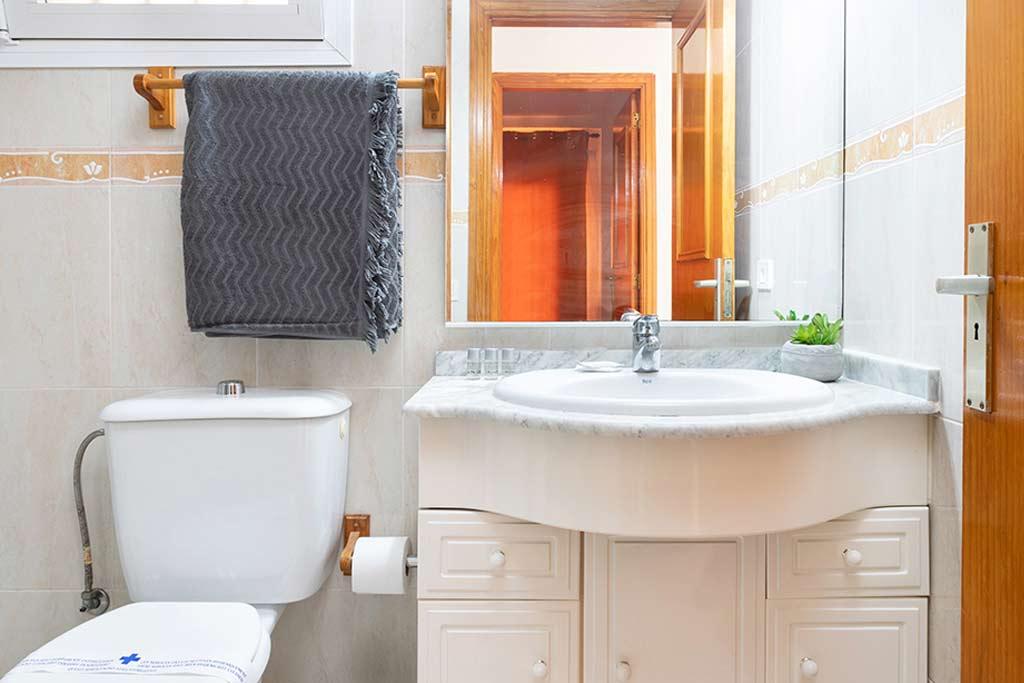 Baño 196 Los Angeles Suite
