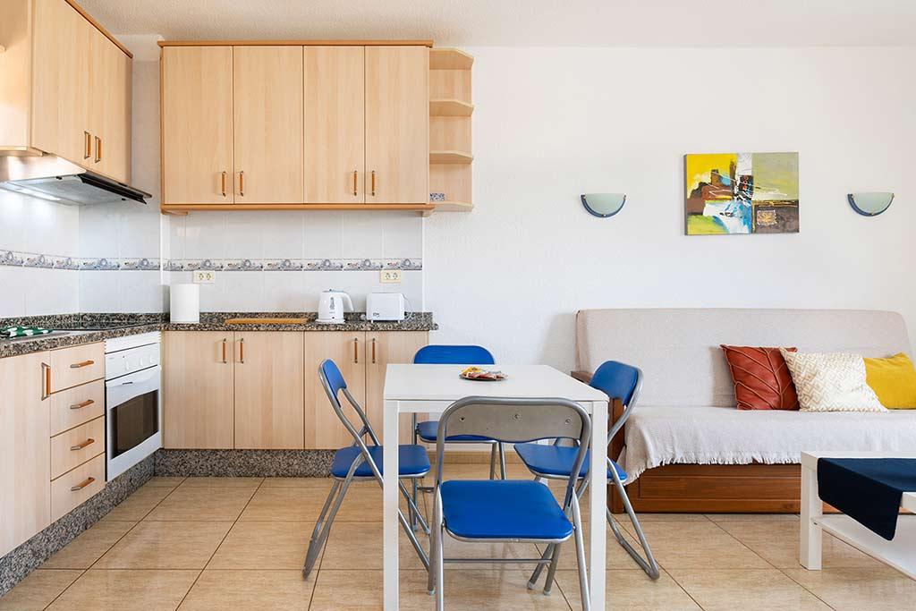 Cocina Rents 197 Los Angeles Holiday